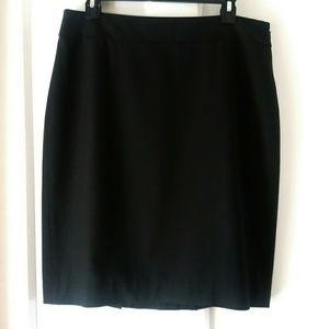 Ann Taylor | Classic Black Pencil Skirt